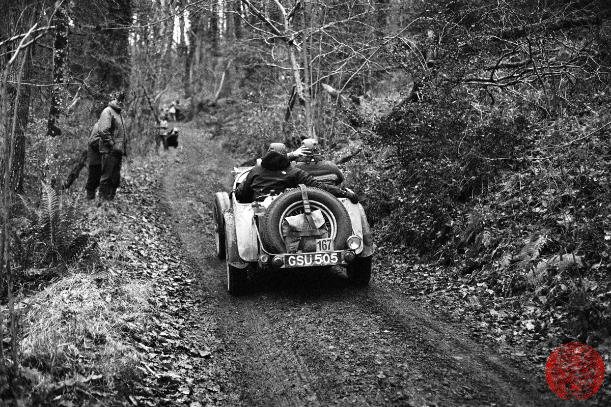 vintage trials car at mcc lands end trial