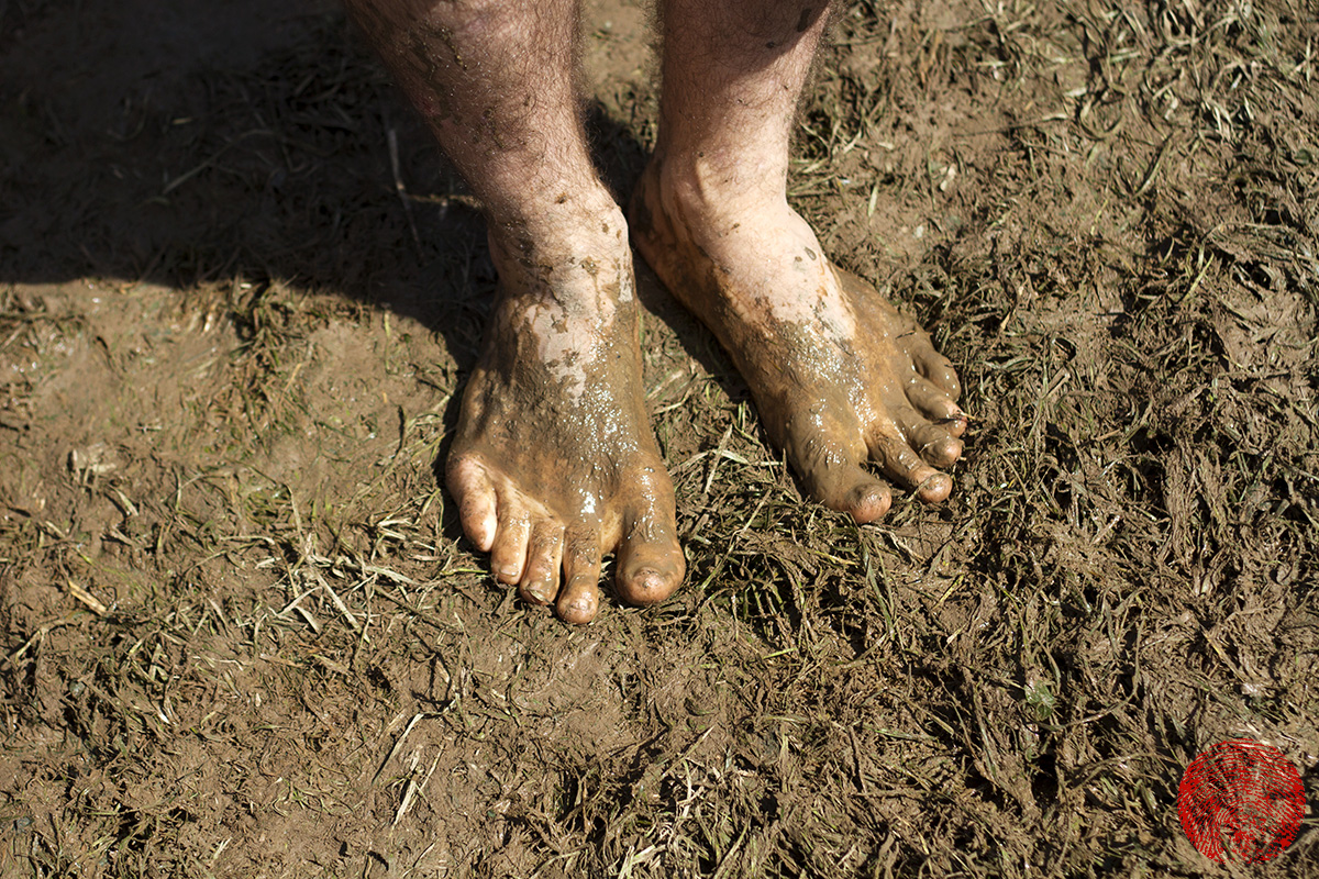 muddy feet at somersault festival 2015
